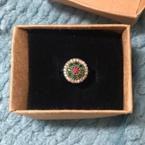 Jewelry - Gorgeous multicolored ring